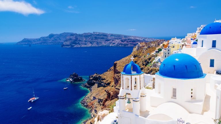 10 travel tips you should know before visiting Greece