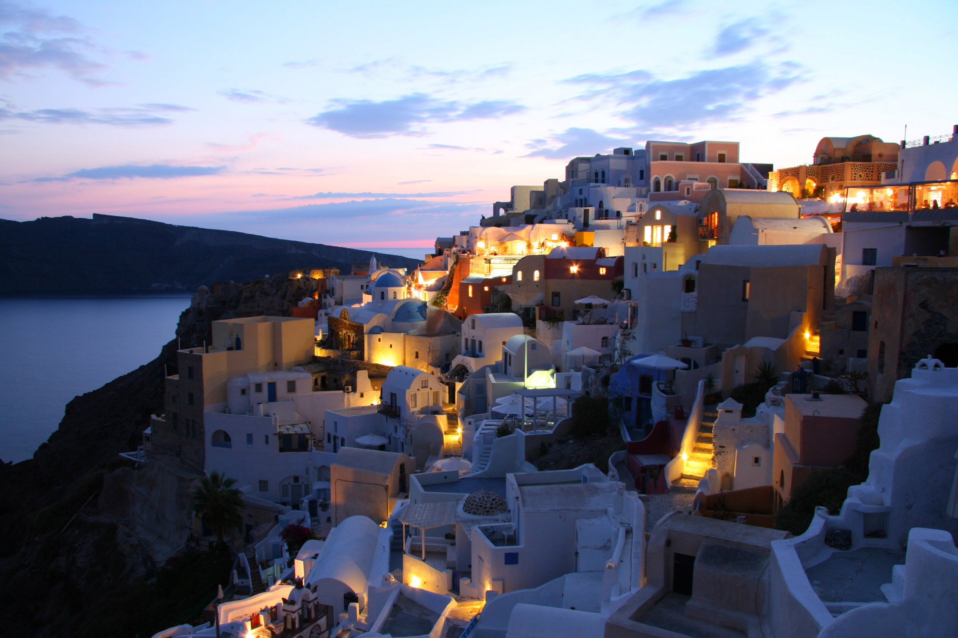 8 Reasons Why Greece Is the Best Destination for Female Solo Travellers