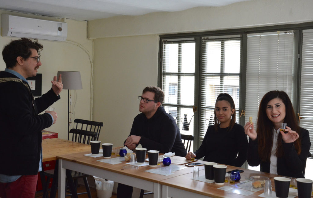 Olive Oil and Olive Tasting Experience in Thessaloniki