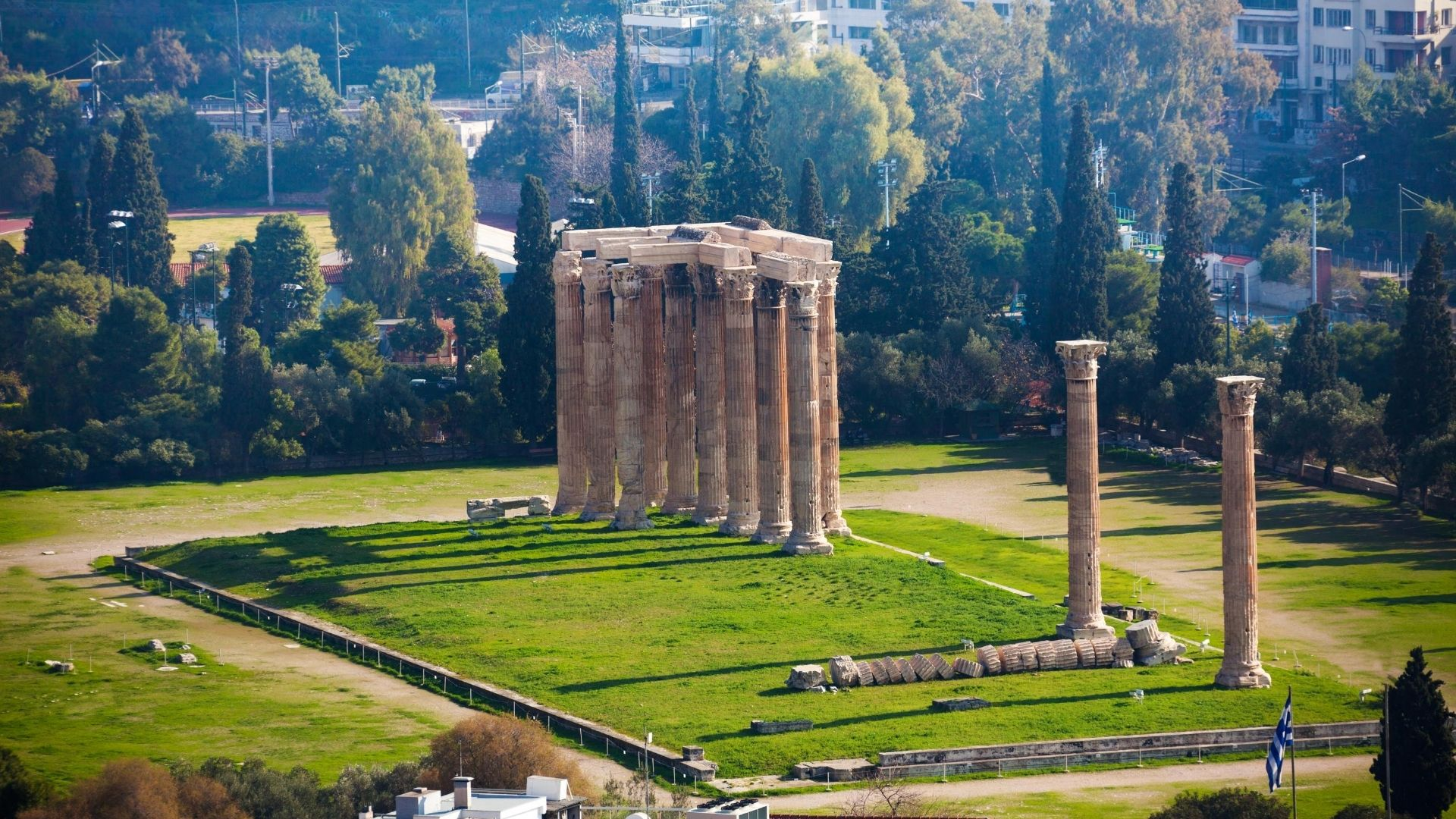 athens historical Temple of Zeus - walking tour grekaddict