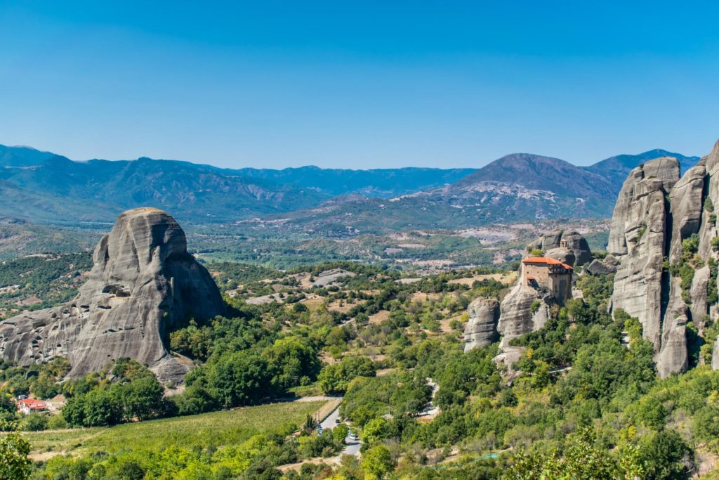 Meteora Day Trip from Thessaloniki by Train