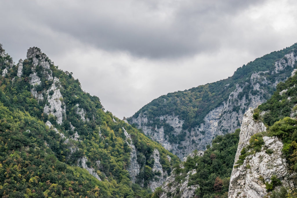 Private Trekking at Enipeas Canyon in Mount Olympus