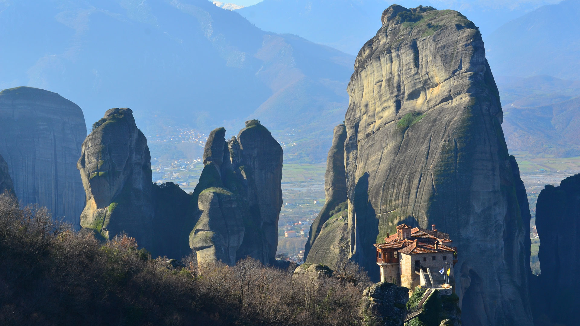 Morning Monastery E-Bike Tour in Meteora