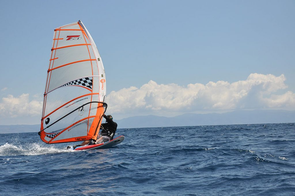 Windsurfing lesson in Thessaloniki