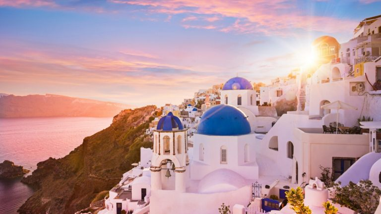 3 days Santorini itinerary