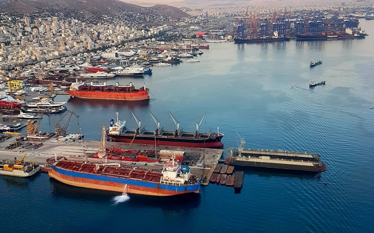How to get to Port of Piraeus