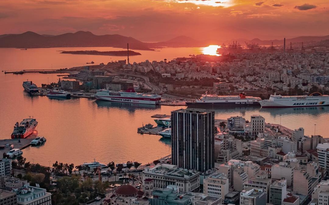 How to get to the Port of Piraeus