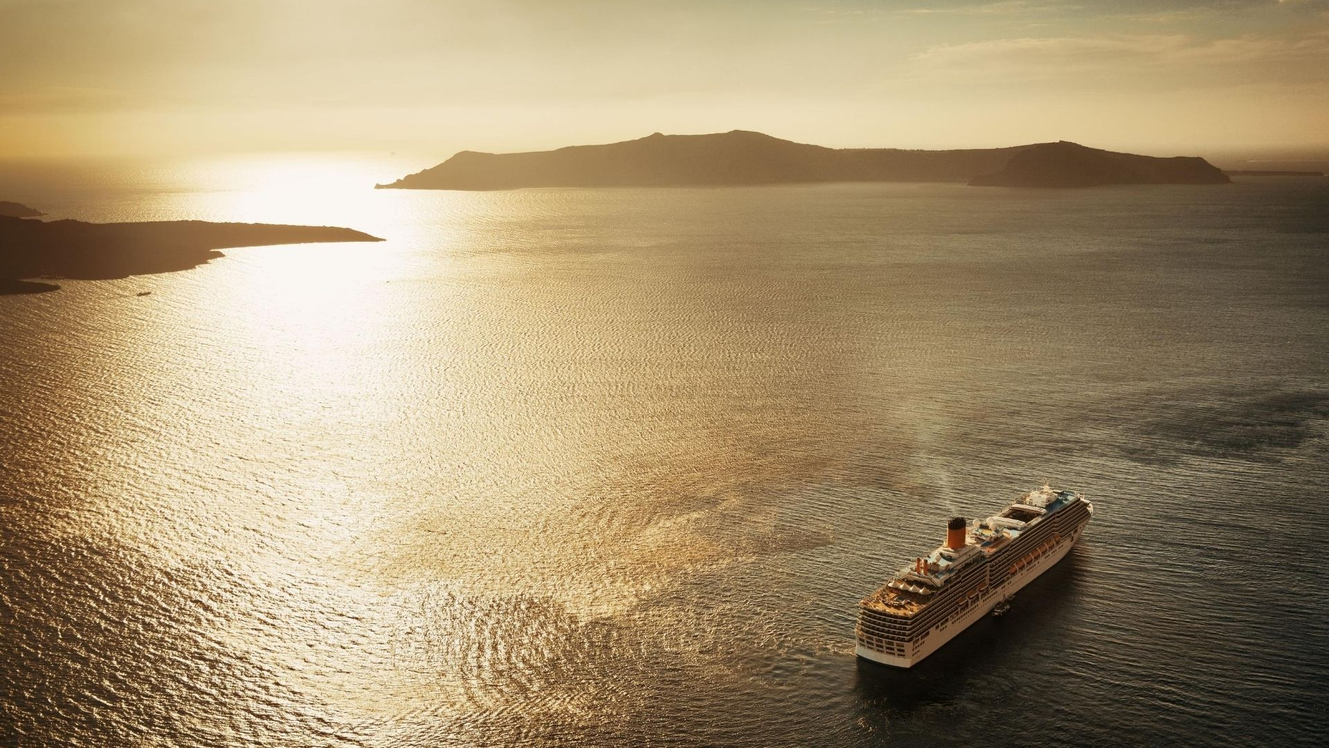 Best Santorini boat trips & Santorini cruises 2020 - Sunset