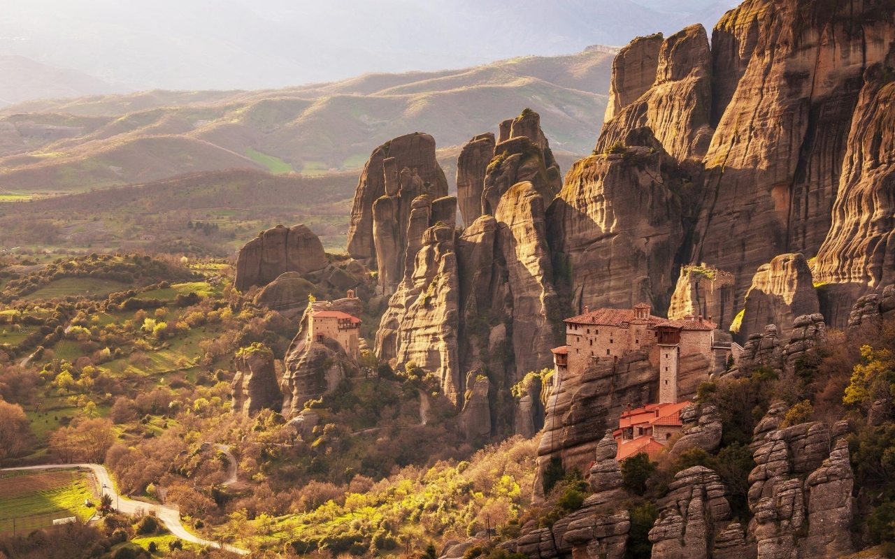 How to get to Meteora from Thessaloniki