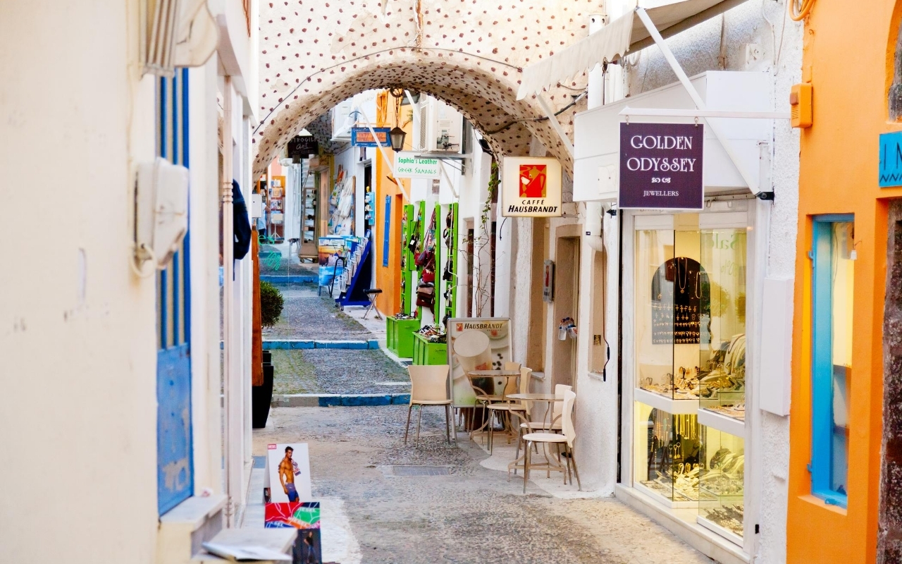 10 days Greece itinerary Fira