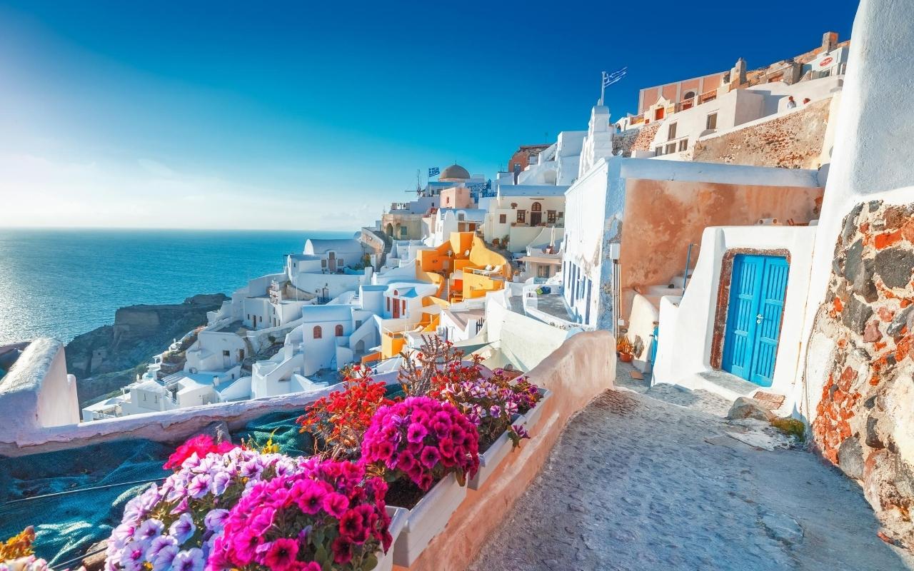 10 days Greece itinerary Oia Santorini