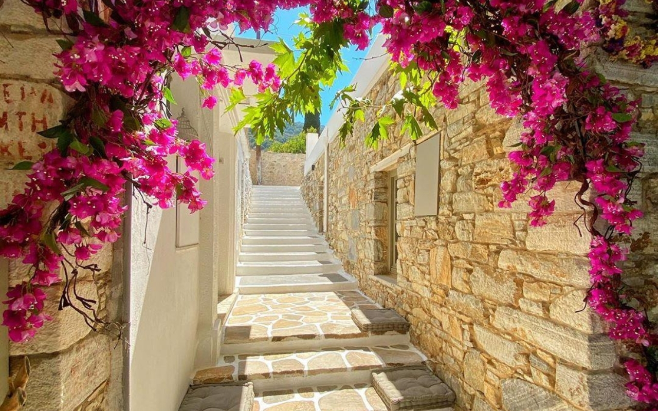 10 days Greece itinerary Naxos villages