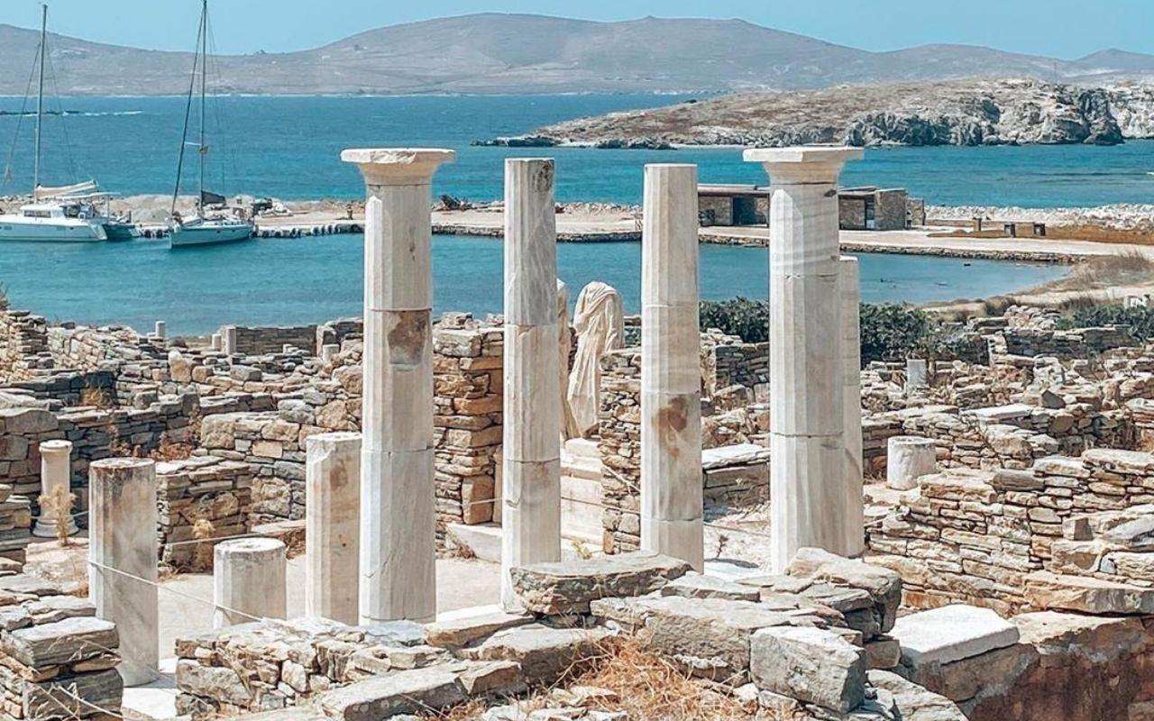 10 days Greece itinerary Delos