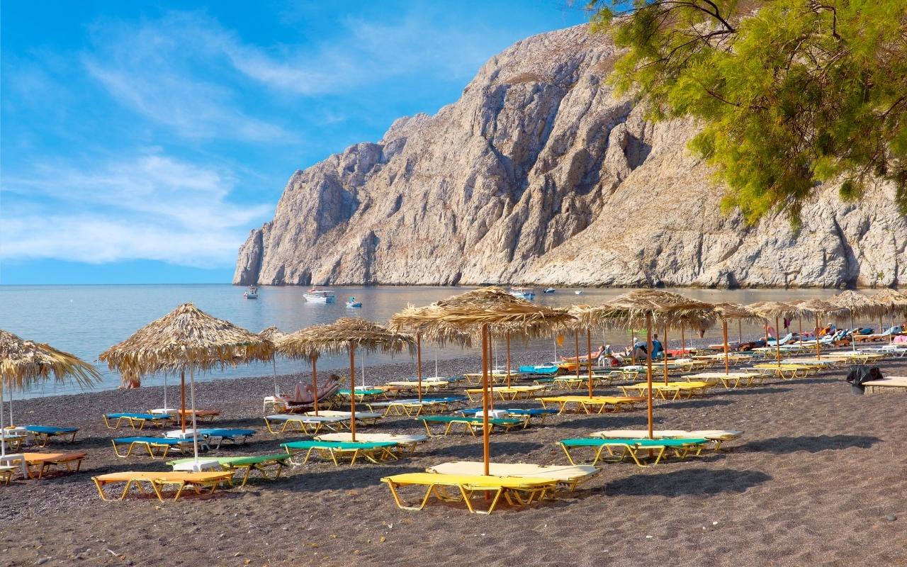 10 Best Things to do in Santorini Kamari beach