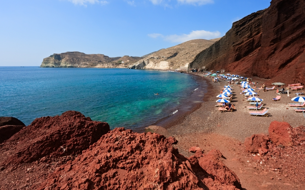 10 Best Things to do in Santorini Red beach