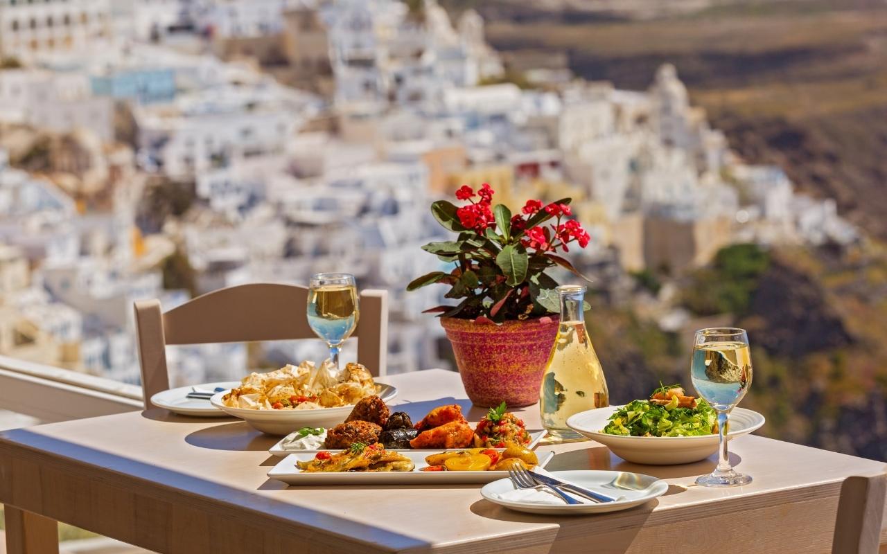 10 Best Things to do in Santorini best food in Santorini