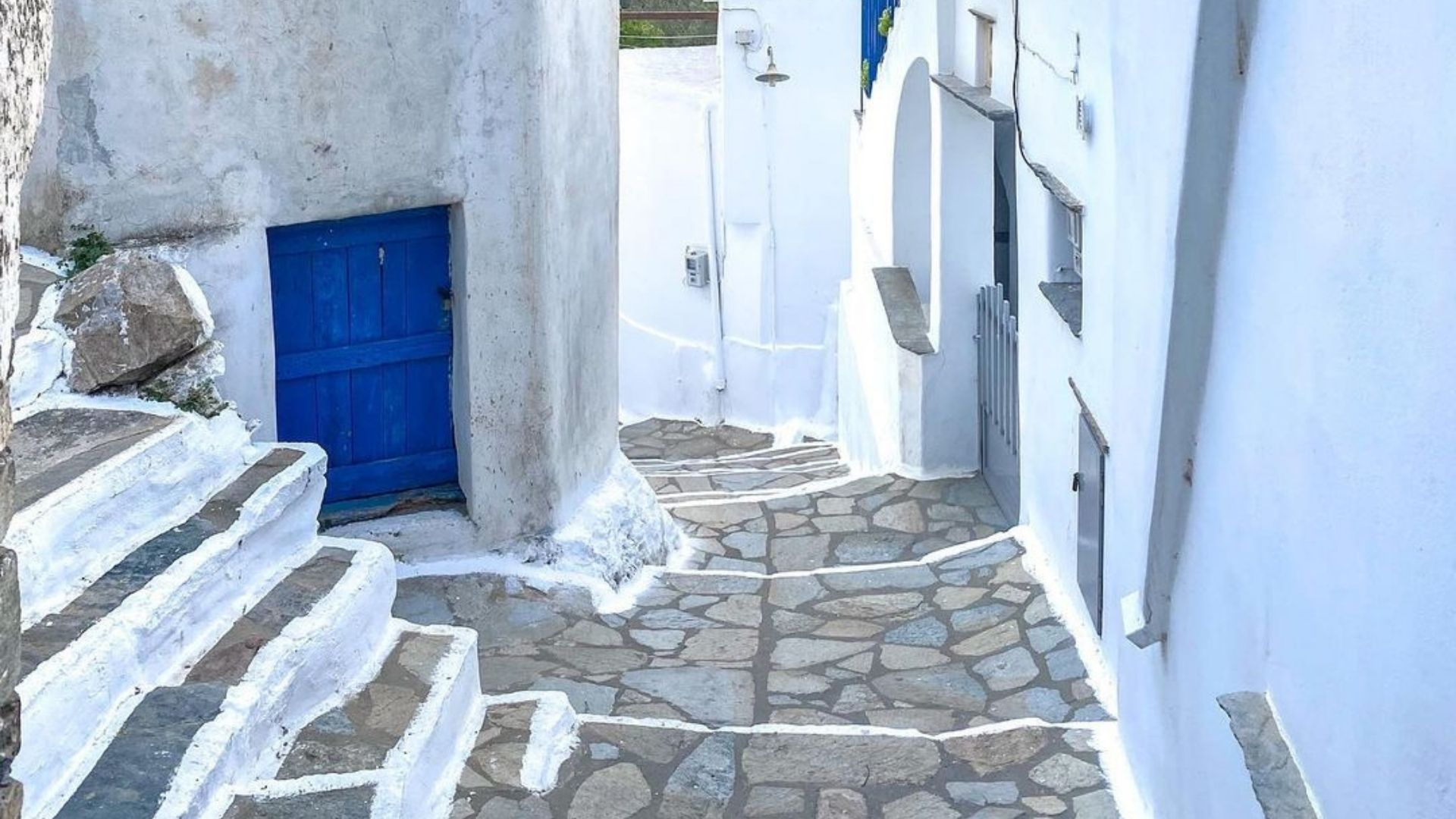 The cobblestone alleys of Tinos