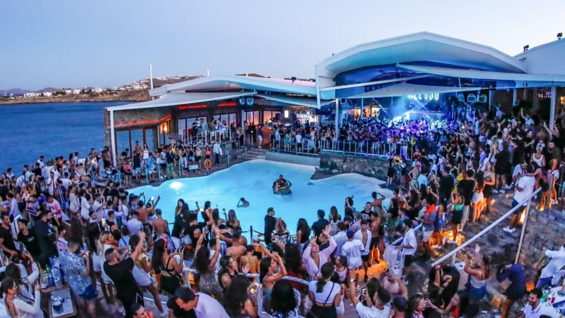 An amazing pool party at Cavo Paradiso