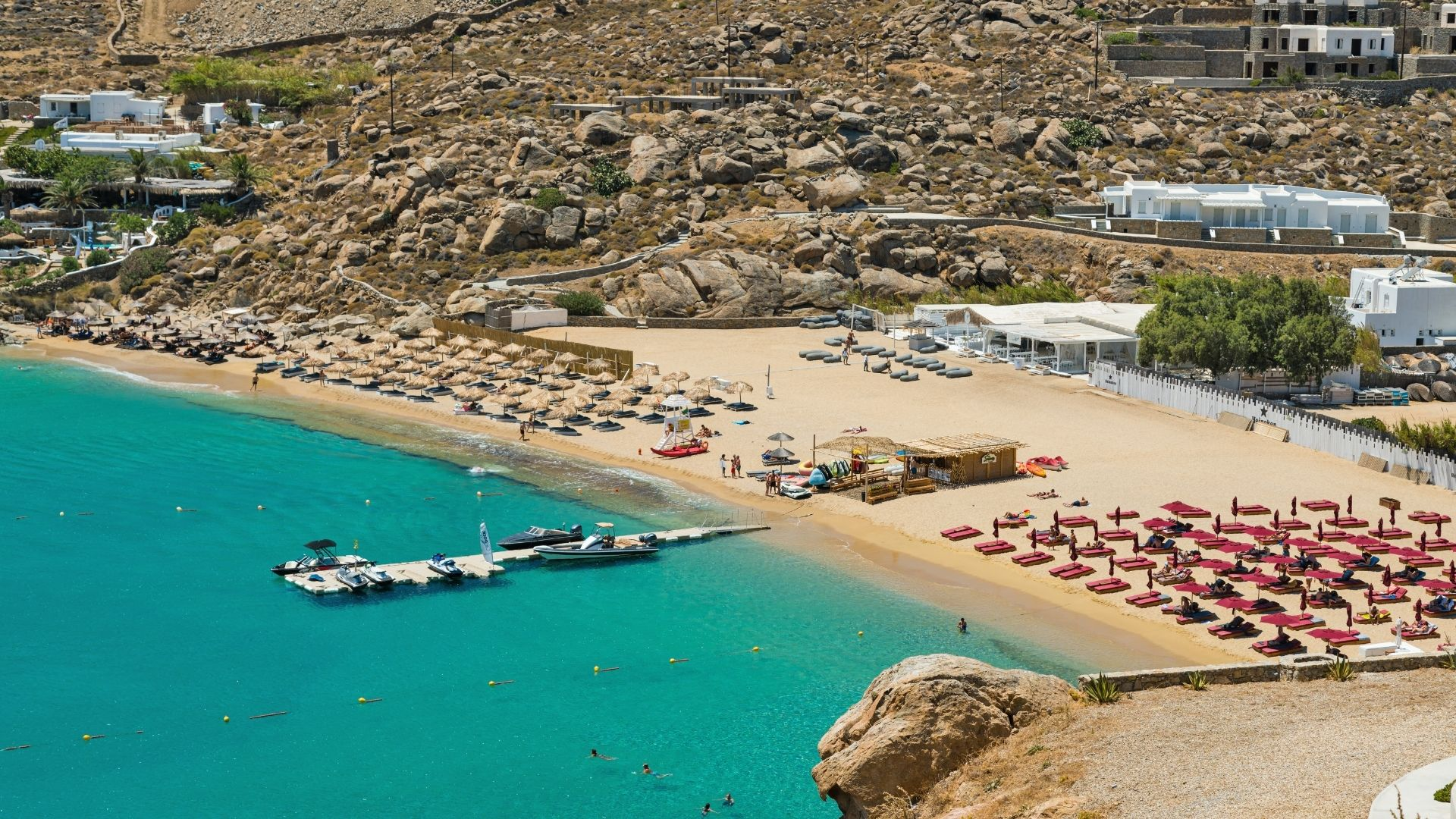 The famous Super Pradise beach
