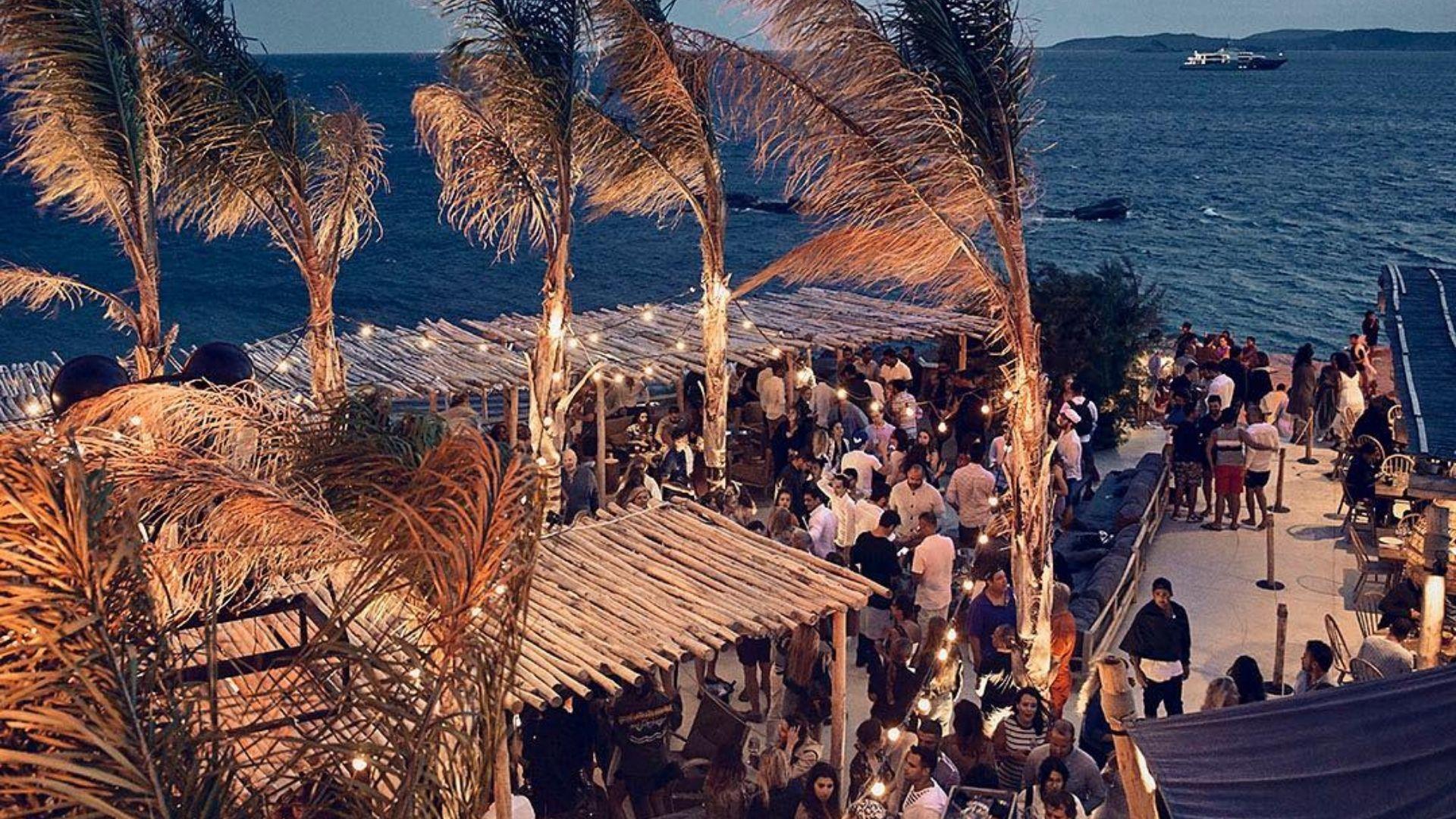 The open-air Scorpios club