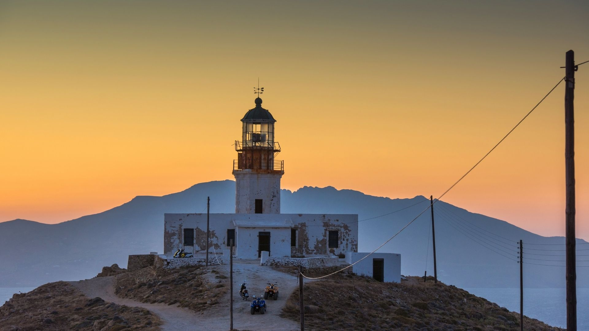 The lighthouse in Mykonos