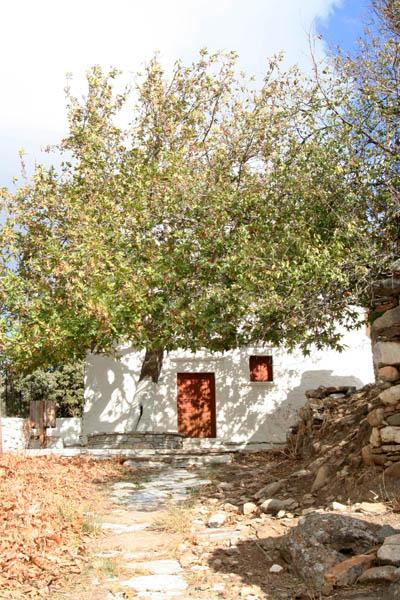 Byzantine Hiking paths tour in Naxos island, Greece