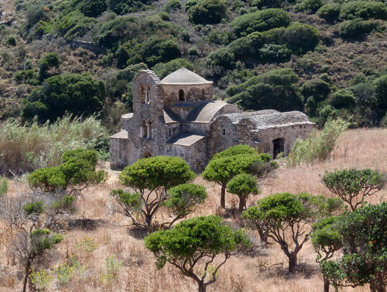 Historical Naxos hiking tour in Greece