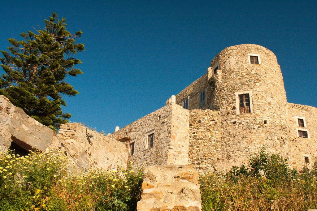 Naxos hiking tour at Medieval castle