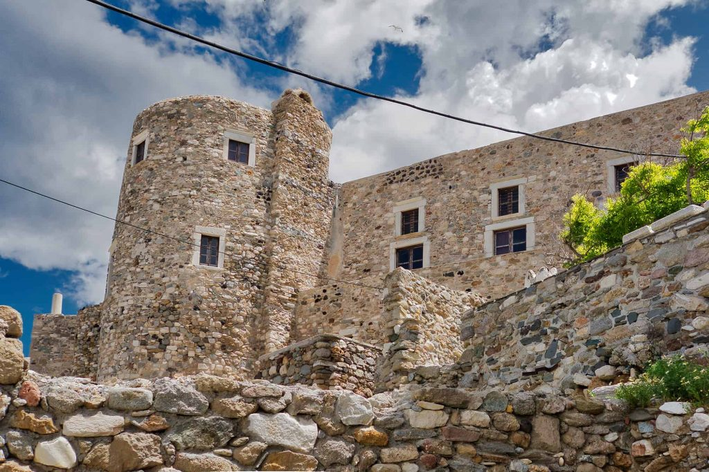 Naxos hiking tour at the Medieval castle in Greece