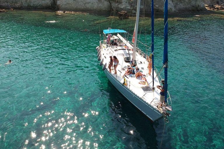 Milos Sailing Tour to Kleftiko