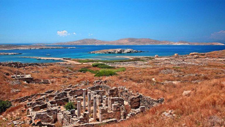 Mykonos catamaran sailing tour to Delos and Rhenia islands from Mykonos, Greece